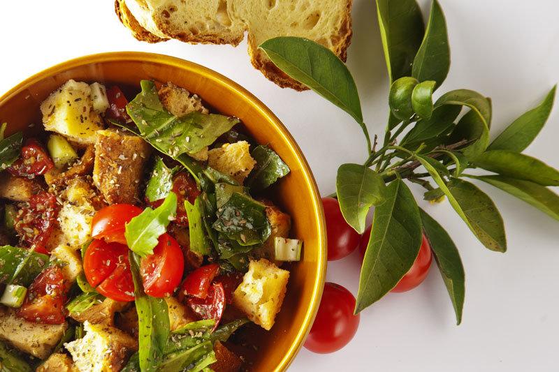 Cialedda, piatto tipico materano e pugliese -Foto Panecotto.it