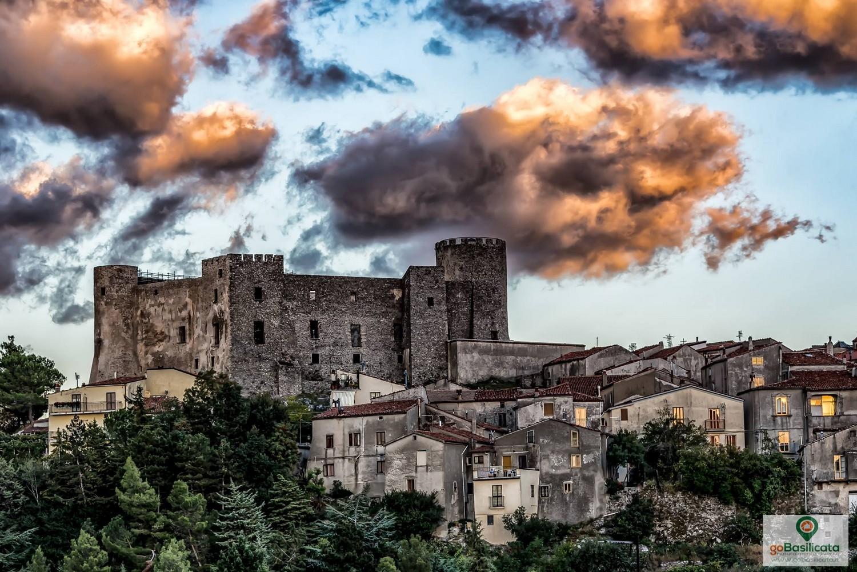 Castello di Moliterno - Foto Aaron Peterson/goBasilicata